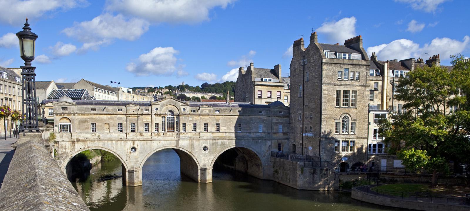 Pulteney Bridge and Weir in Bath
